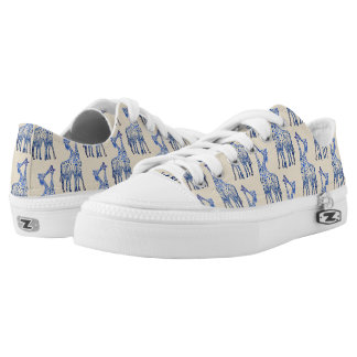 Giraffes Kiss Art  Custom Zipz Low Top Shoes