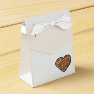 Giraffes Love Heart Wedding Favour Boxes