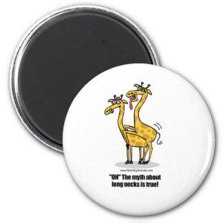 giraffes mating, giraffes boinking 6 cm round magnet