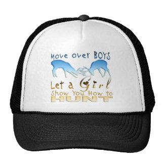 GIRL DEER HUNTINGg Trucker Hats