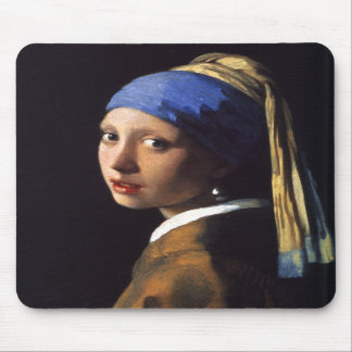 Girl with a pearl earring. By Johannes Vermeer Mouse Mat
