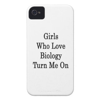 Girls Who Love Biology Turn Me On Case-Mate iPhone 4 Case