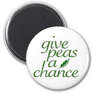 Give peas a chance 6 cm round magnet