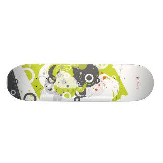 Gizmo Skateboard