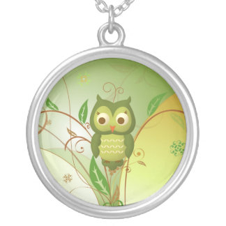 glamorous Wise Owl Silver Plated Necklace