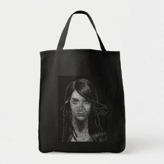Glamour Pose Bag