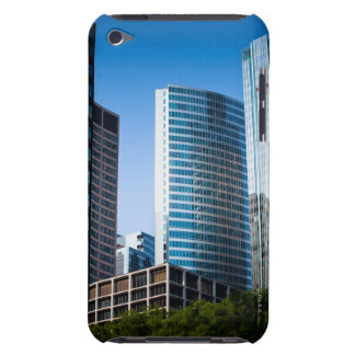 Gleaming skyscrapers in Chicago's financial Case-Mate iPod Touch Case