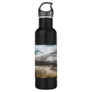 Gloomy lake 710 ml water bottle