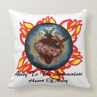 Glory To The Immaculate Heart Of Mary Pillows