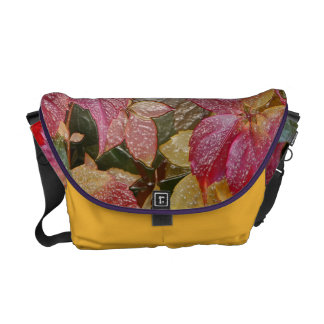 Glossy autumn leaves, Wax-Look 001.1 Messenger Bag