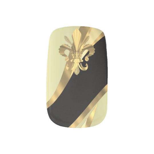 Gold and black fleur de lys minx nail