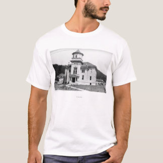 Gold Beach, Oregon View of Court House Photograp T-Shirt