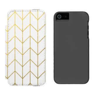 Gold Chevron White Background Modern Chic Incipio Watson™ iPhone 5 Wallet Case
