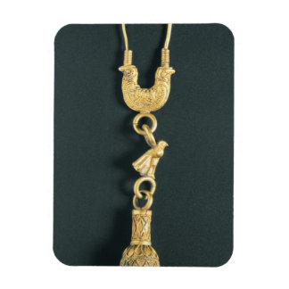 Gold earring with drop-shaped pendant in the form rectangular photo magnet