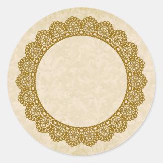 GOLD Lace Circle Style 4 ECRU Background C01 Round Sticker
