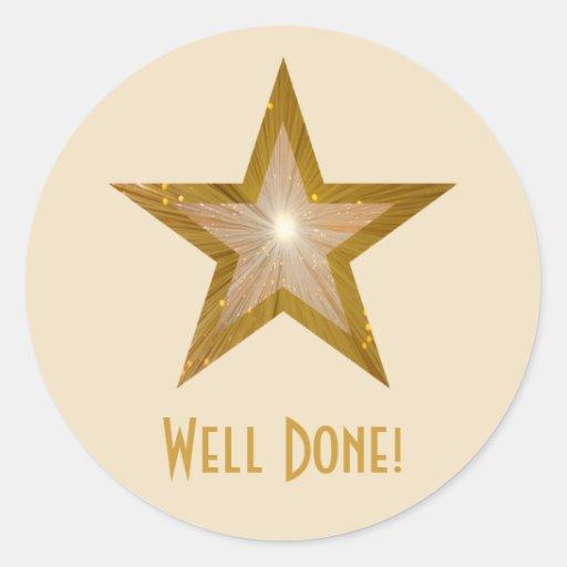 Gold Star 'Well Done!' round sticker cream