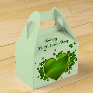 Gold-Trimmed Green Heart with Shamrocks Favour Box