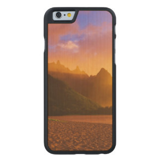 Golden beach sunset, Hawaii Carved® Maple iPhone 6 Case