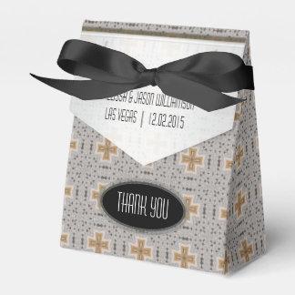 Golden Cross Geometric Lace Pattern Party Favor Party Favor Boxes