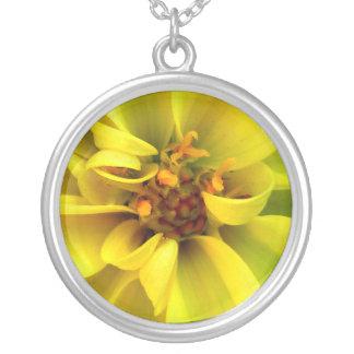 Golden Flower Custom Necklace / Gelbe Blume Kette