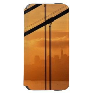 Golden Gate Bridge in front of the San Francisco Incipio Watson™ iPhone 6 Wallet Case