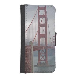 Golden gate bridge in mist. iPhone SE/5/5s wallet case
