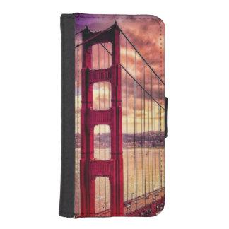 Golden Gate Bridge in San Francisco, California. iPhone SE/5/5s Wallet Case