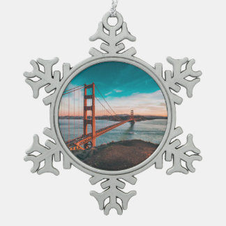 Golden Gate Bridge Snowflake Pewter Christmas Ornament