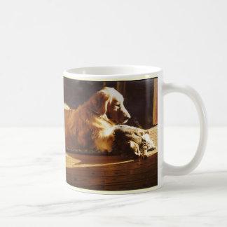 Golden Retriever and Cat  Mom Mug