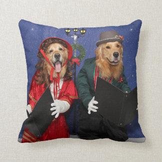 Golden Retriever Christmas Carolers Cushion