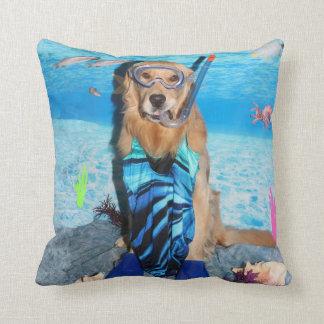 Golden Retriever Snorkeler Cushion