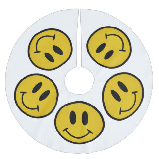 Golden smiley face brushed polyester tree skirt