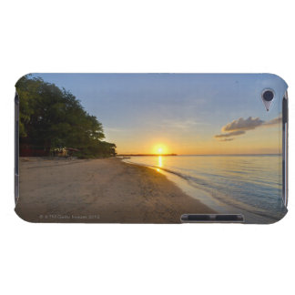 Golden Sun Ball Setting Over Tropical Island Case-Mate iPod Touch Case