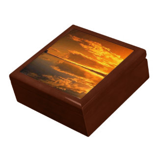 """Golden sunset Gift Box 7.125x6"""""""
