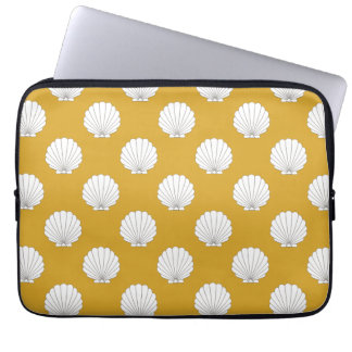 Golden Yellow Clamshells Seashells Pattern Laptop Sleeve