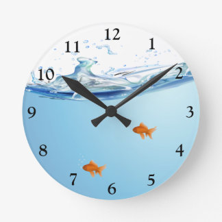Goldfish under water aquarium round clock