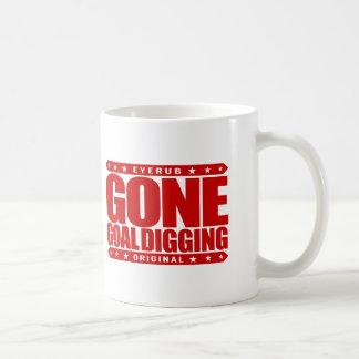 GONE GOAL DIGGING - Goal Digger Driven to Succeed Basic White Mug
