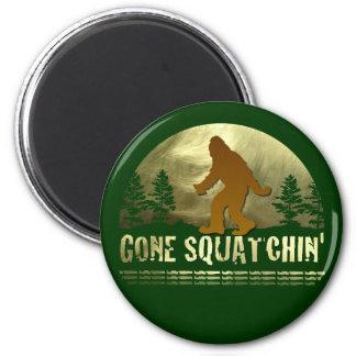 Gone Squatchin' 6 Cm Round Magnet
