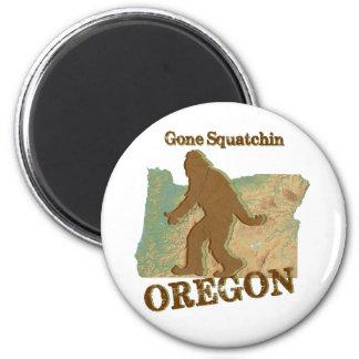 Gone Squatchin Oregon 6 Cm Round Magnet