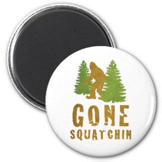 Gone Squatchin (Vintage) 6 Cm Round Magnet