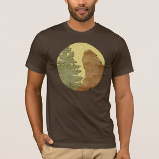 Gone Squatchin (Vintage) Fisheye Zoom Close-up T-Shirt