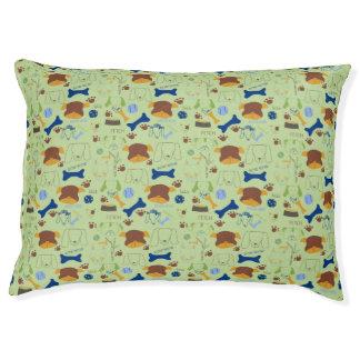 Good Doggie Hand-Drawn Cartoon Green Background Pet Bed