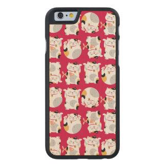 Good luck cat,chinese,feng shui,Maneki Neko,patter Carved® Maple iPhone 6 Case
