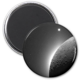 Gorgeous NASA image, the Moon lit by Earth-shine 6 Cm Round Magnet