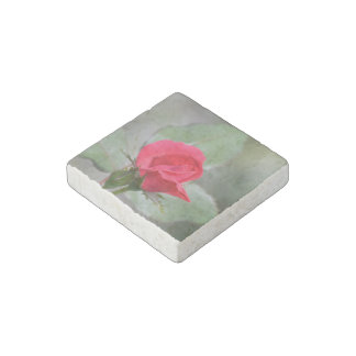 Gorgeous Red Rose Bud Stone Magnet