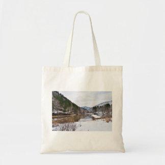 GORGEOUS SNOWY LANDSCAPE BAGS