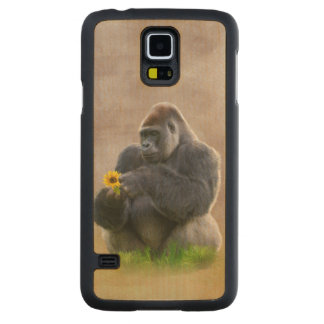 Gorilla and Yellow Daisy Carved® Maple Galaxy S5 Slim Case