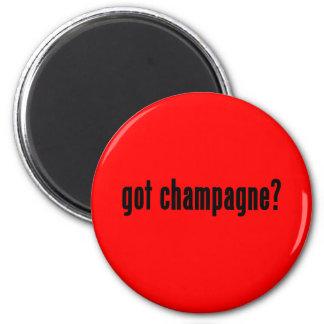 got champagne? 6 cm round magnet