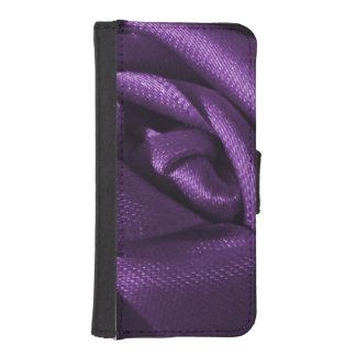 Goth Dark Purple Rose iPhone SE/5/5s Wallet Case