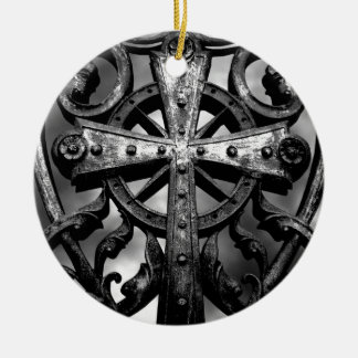 Gothic cemetery wrought iron celtic cross in heart round ceramic decoration